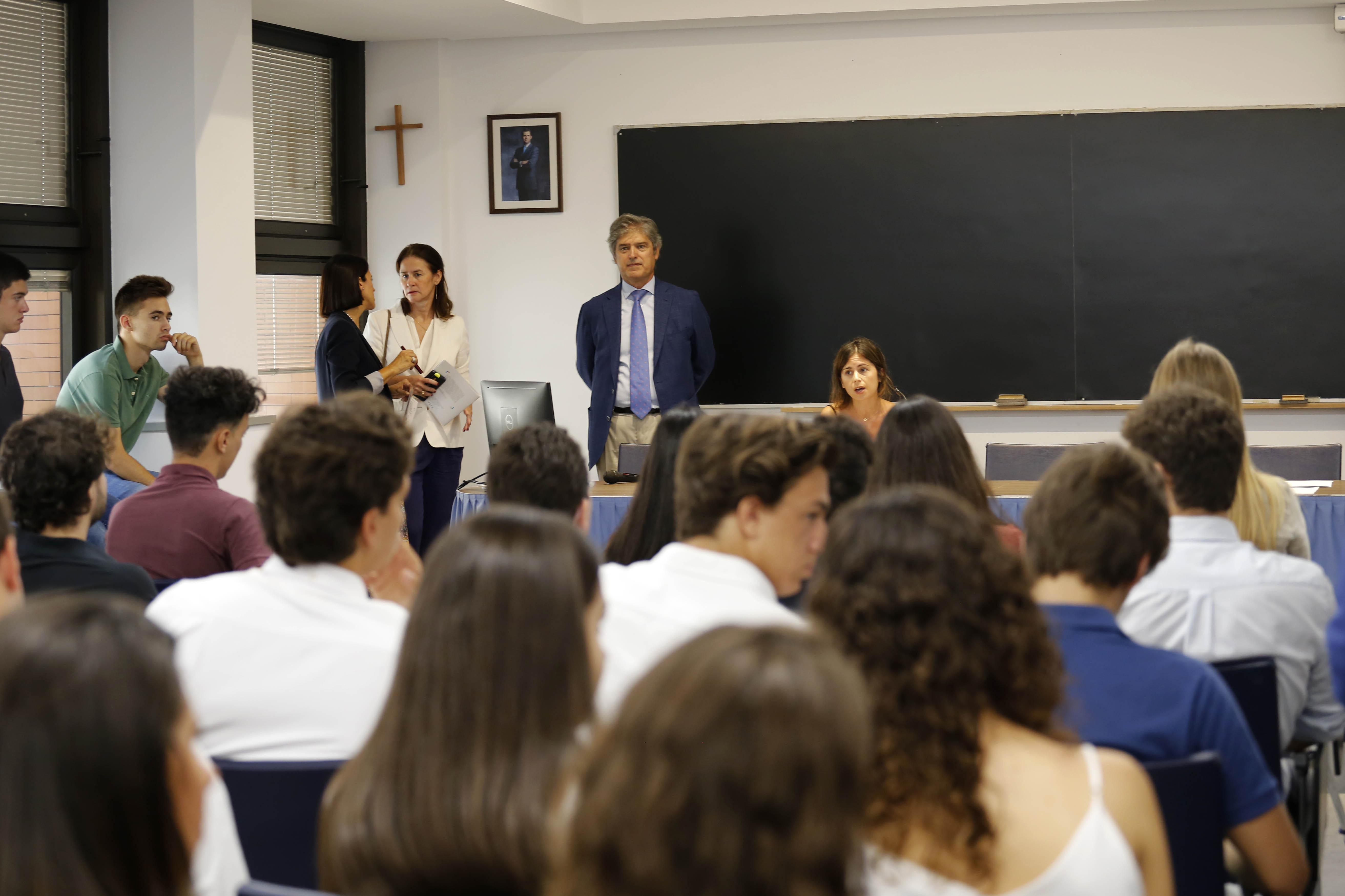 Presentación del IED a los nuevos alumnos de Derecho